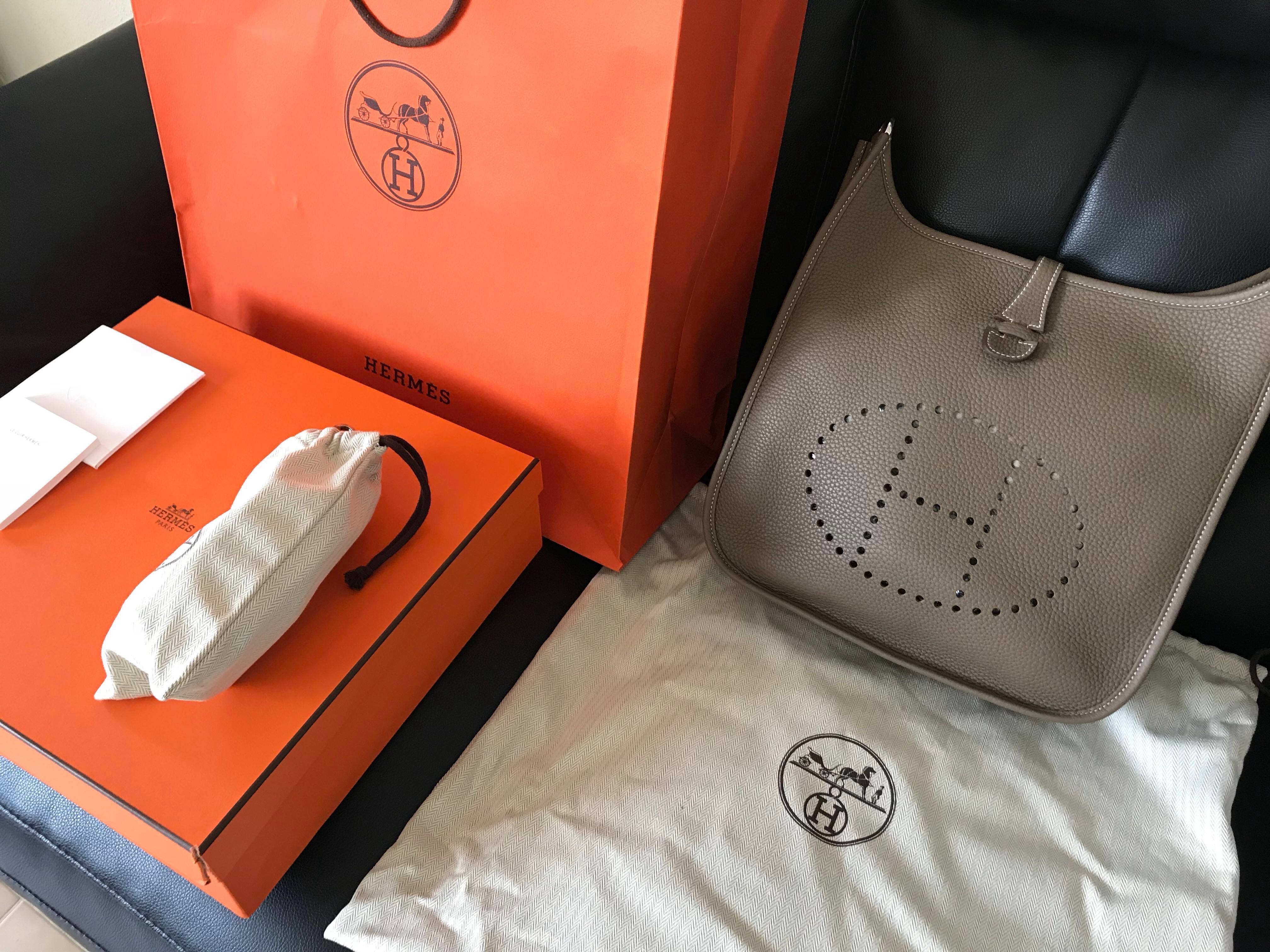 d0489d3d729a BNIB Authentic Hermes Evelyne III 29 Bag