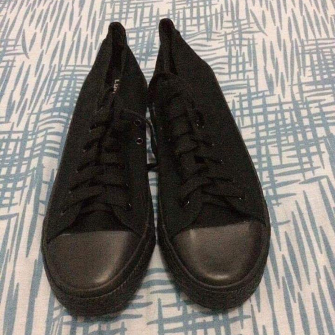 2133d23e Converse Black, Men's Fashion, Footwear, Sneakers on Carousell