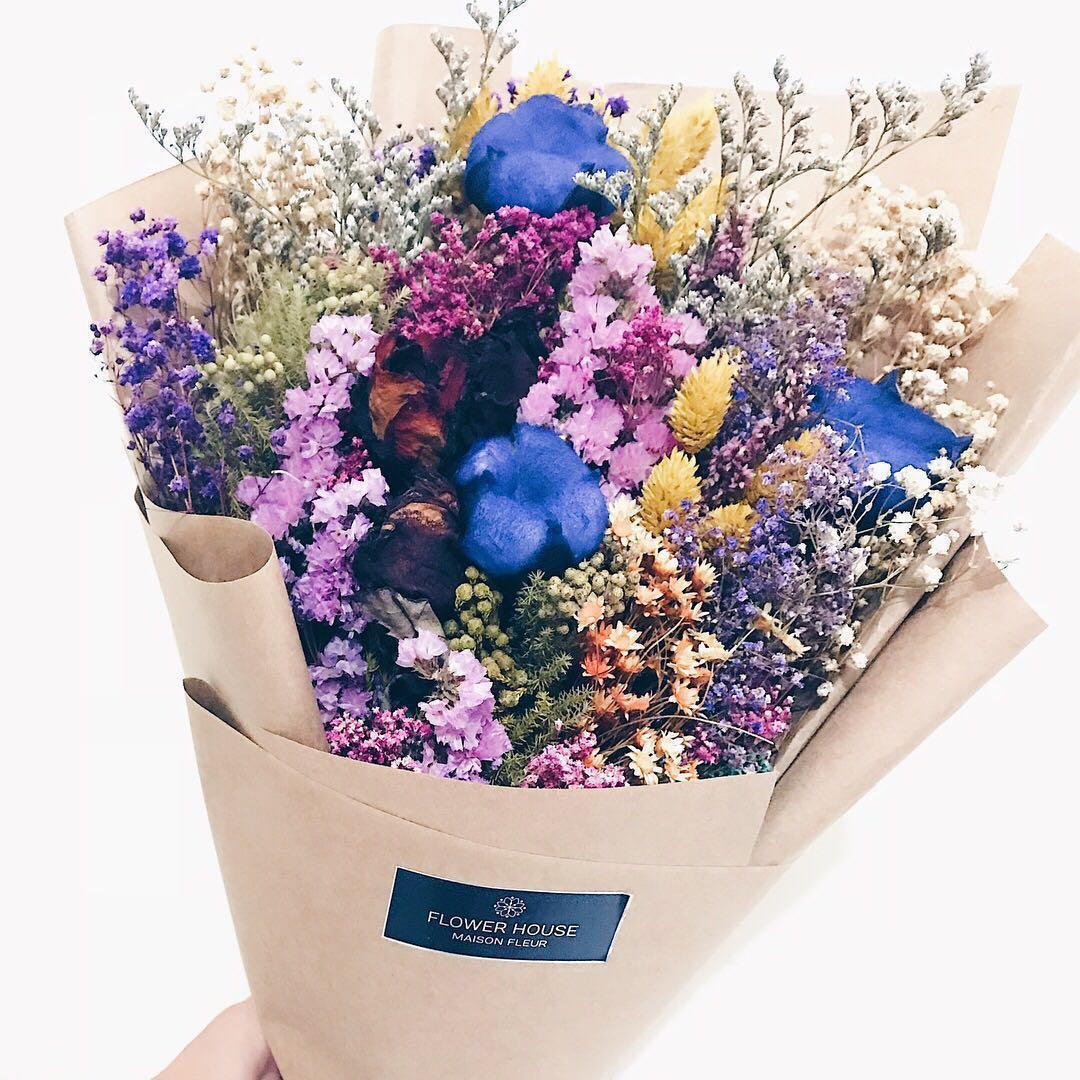 Designer cotton mixed dry flowers bouquet gardening flowers designer cotton mixed dry flowers bouquet gardening flowers bouquets on carousell izmirmasajfo