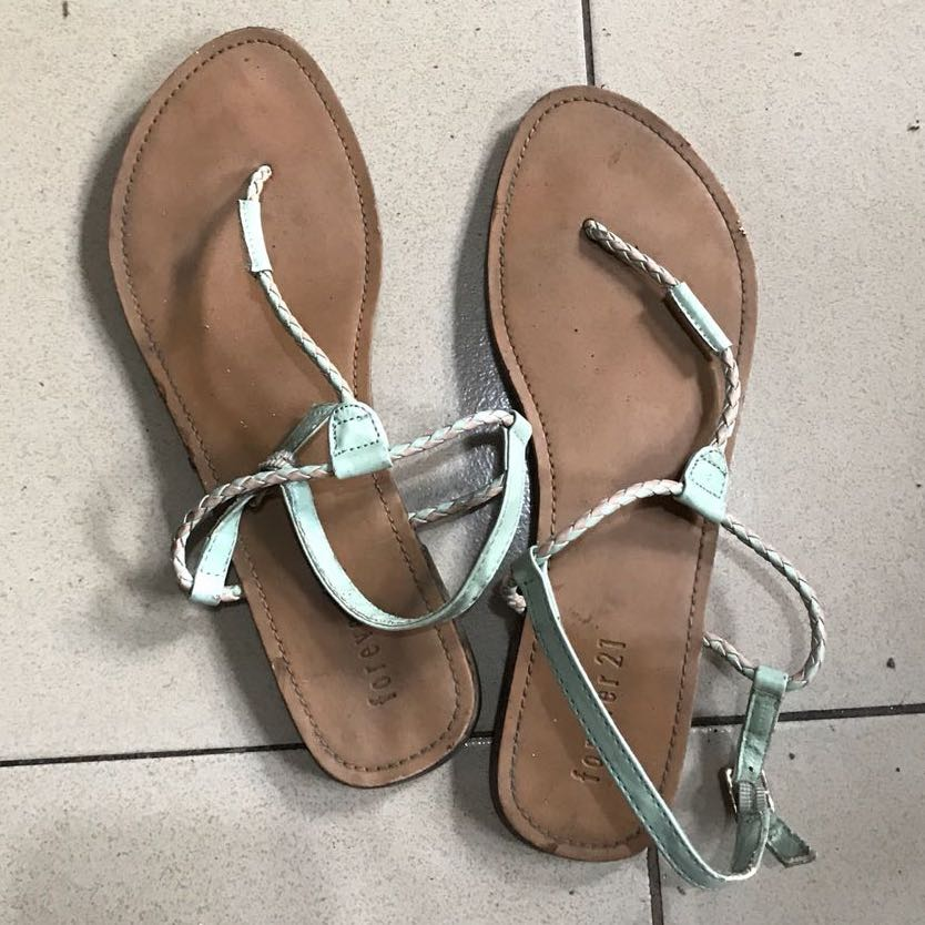 9a7a2abc5fc Forever 21 sandals