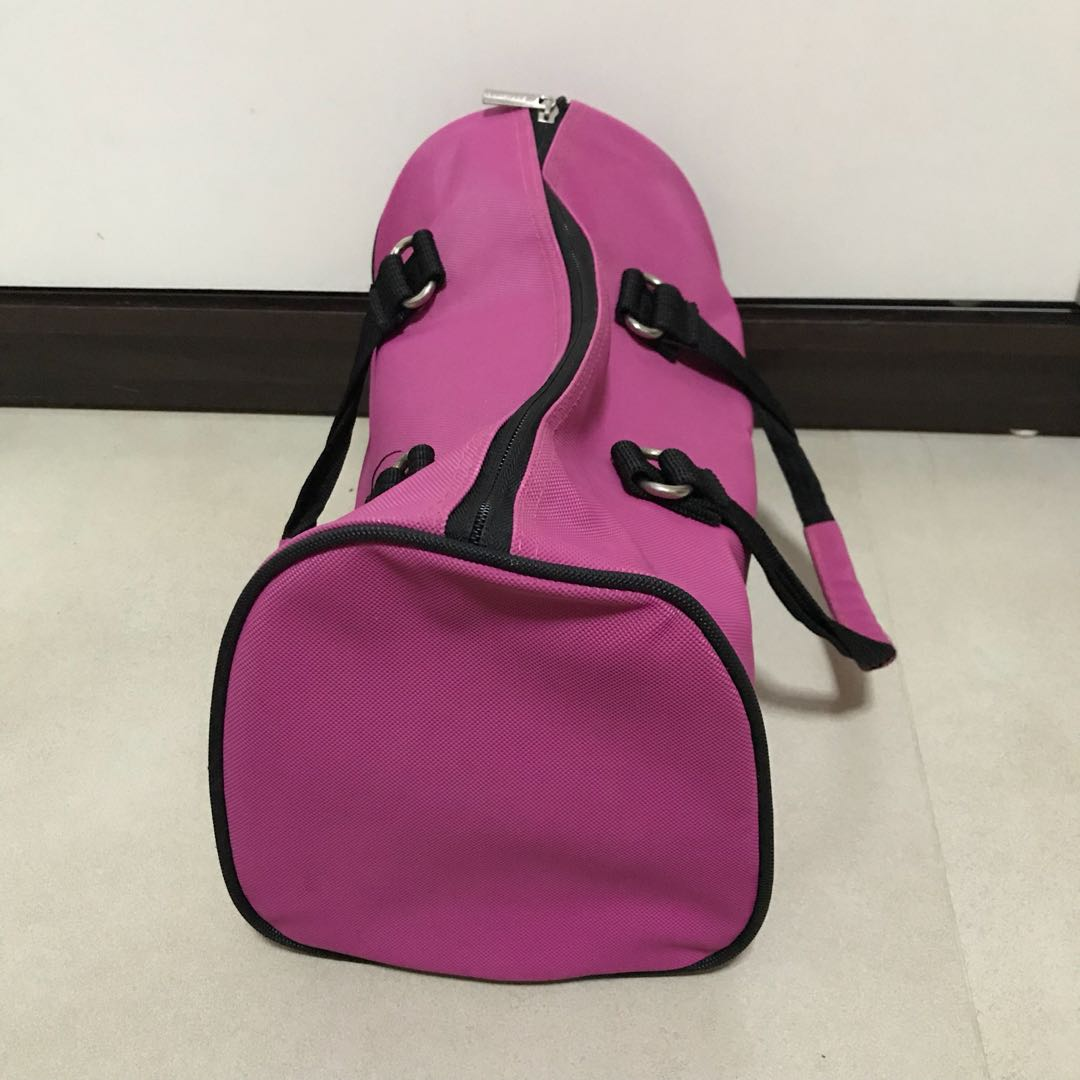 b83813b64b Skechers Gym / Travel Bag, Sports, Sports Apparel on Carousell