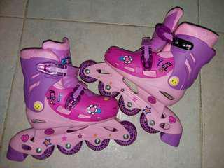 兒童滾軸溜冰鞋