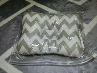 🚚 矯正頭型枕