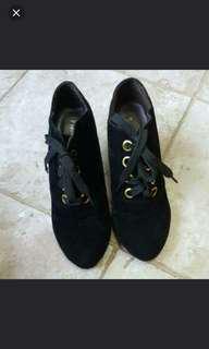Black Heel lady Shoe