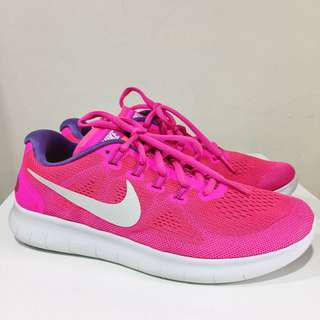 Nike Free Run Sneakers/ running /rubber shoes