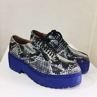 Jeffrey Campbell platform brogues/Oxford lace up track sole shoes