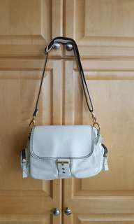 Roots limited edition Emily bag off white