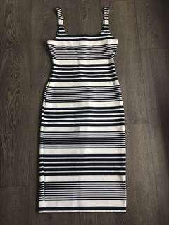 American Apparel Pencil Dress with Slit at the Back Size Medium