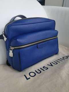 Louis Vuitton Outdoor Messenger PM