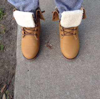 Light Brown Winter Shoes/Boots