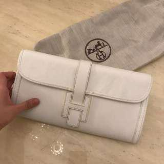 Hermes White Jige Clutch