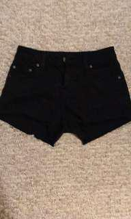 Aritzia Sunday best shorts size 24