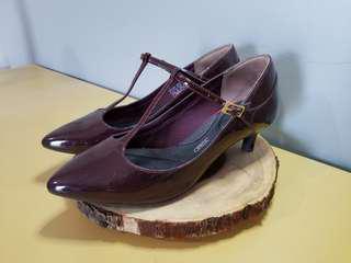 Rockport burgundy heels - 7.5