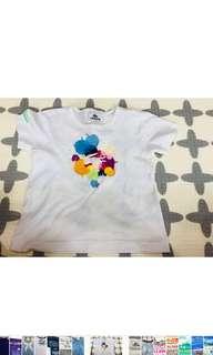 🚚 Lacoste (正裝櫃的)白色丅-shirt (適合年齡四至五歲),衣長:39.5公分、袖長20、胸圍33公分)