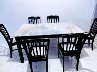 MARBLE DINING TABLE + 6 CHAIR MARBLE.