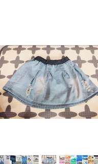 🚚 小女童牛仔短裙(適合五~六歲) 裙子尺寸:28.5公分