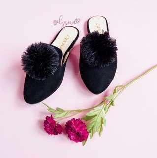 Handmade shoes by lyana,  sepatu selop hitam #mauiPhonex #mauiphonex #jaksel50