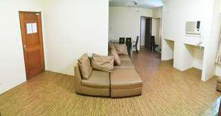 2BR Condo, Fully Furnished, 8/F One Gateway Place, Pioneer St., near EDSA, Greenfield and Ortigas