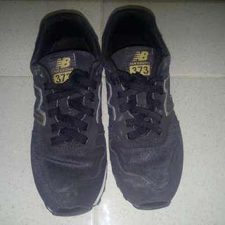 New Balance black shoes