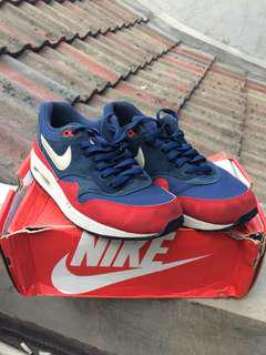 Air Max 1 Essential blue red