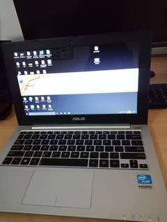 Laptop Asus X201E 10 inch 4gb 320gb