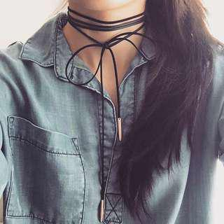 BNWT F21 faux suede choker bow tie necklace