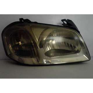 Mazda Tribute Head Lights (Right)