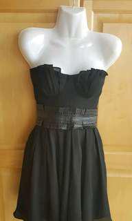 Elizabeth and James Silk dress size 4
