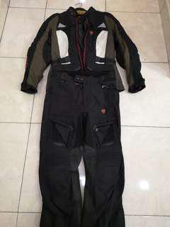Revit Ducati Waterproof touring lady Suit