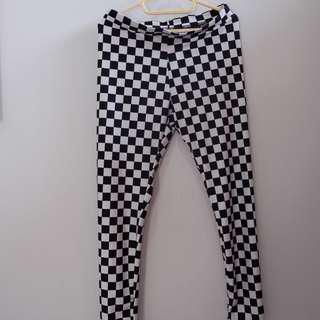 H&M Checker Board Legging😍