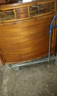 Rattan bar counter