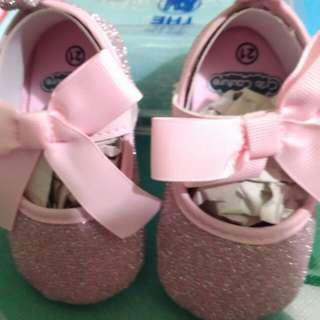 Crib Couture Pink Gliterry Soft Sole Shoes