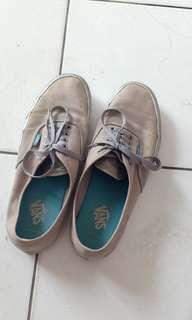 Sepatu vans #UBLFAIR