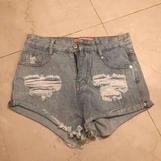 🚚 VII&CO破壞牛仔短褲