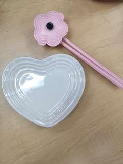 Le Creuset heart shape plate 14 cm