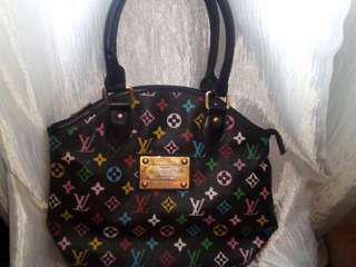 Aunthentic:Louis Vuitton Bag