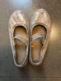 Gold Pretty Shoes