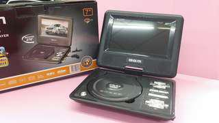 "BGM 7"" portable Dvd player"