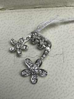 White Gold Diamond Elegant Pendant Light Weighted for Women 18K