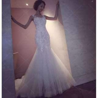 Wedding Collection - Elegant Embroidered Lace Sleeveless Style Mermaid Long Tail Wedding Gown