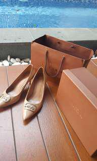 Coach heels nude size 37 lengkap db receipt box paperbag. Reprice from 1.900.000