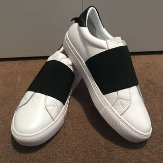 Designer Black Strap Sneakers