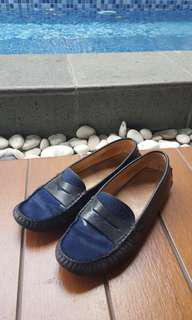 TODS shoes flat bulu kuda biru size 36. Reprice from 1.900.000