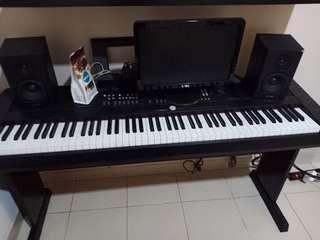 piano Yamaha dgx 650 b