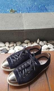 Miu miu sneakers depan metal hitam size 37.5
