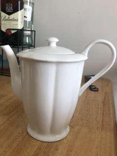 Guordo's Tea Pot