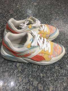 🚚 Puma R698 coastal wn's慢跑運動鞋