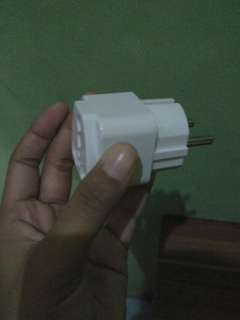 Colokan charger