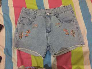 Denim Embroidered HW Shorts