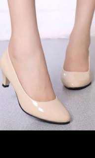 High heels plain office shoes